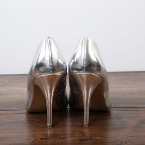 Apt. 9 Metallic Silver High Heels. Size 8.